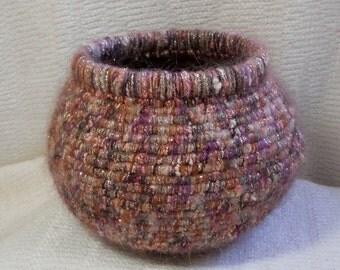 E154 Coiled Basket