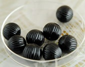 Vintage Beads, Lucite,Black Ribbed Round Beads, 15mm, (8) (B-498)