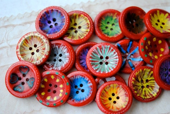 Vintage Buttons, Red Hand Painted Flower Centers, Plastic Casein, Round, 1940's, 27mm, (10)