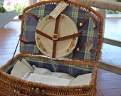 Complete set, vintage picnic basket for four, fully stocked with vintage goods. Everything you need.