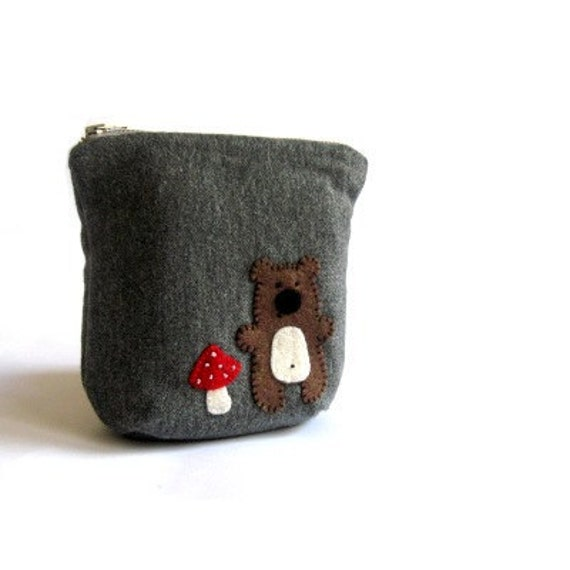 Purse pouch cosmetic bag make up bag gray grey bear mushroom