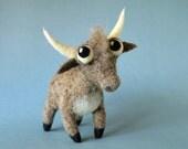 Santiago the Bull / needle felted art toy