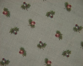 Vintage 1950s MARCUS BROS quilt fabric in highquality prewashed cotton with tiny small rosebud pattern on light grey bottomcolor