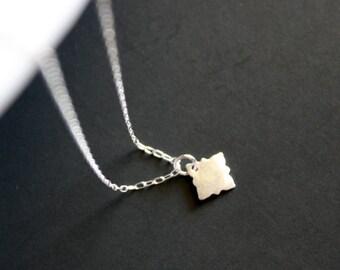 Unique disc necklace Sterling Silver, simple necklace, short necklace