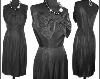Vintage 1950s Dress . Black Hourglass  Couture Femme Fatale Garden Party Mad Man Cocktail Pinup Bombshell Rockabilly Wiggle