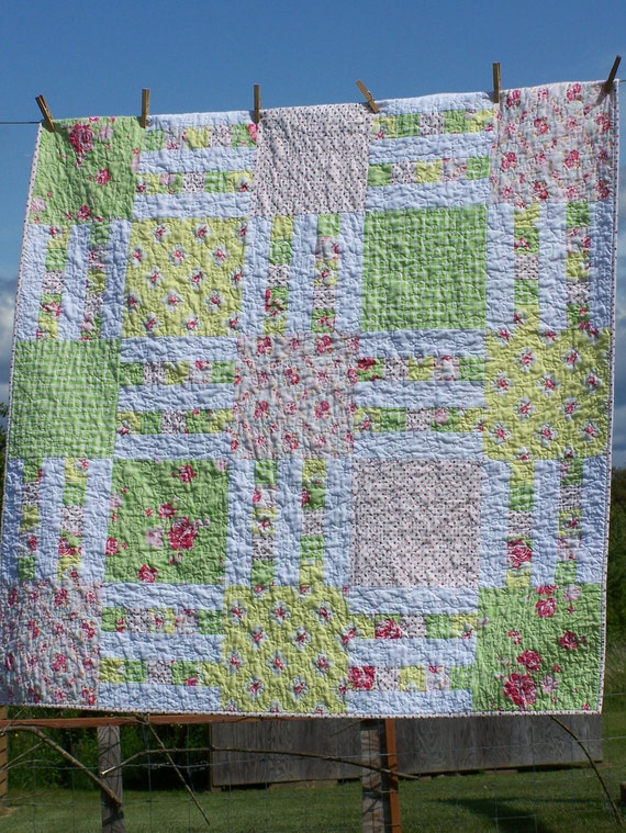 """Picket Fence in Spring Quilt 48"""" x 48"""" Shabby Chic Baby Blanket Lap Picnic Sofa Throw Wall Hanging Tablecloth Pink Green Yellow White"""