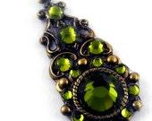 """Tribal Jeweled Bindi – Antique Brass and Swarovski Olivine – """"Sarasvati's Dream"""""""