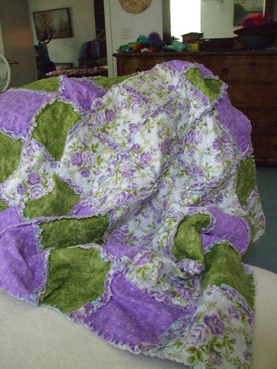 Its a Rag Quilt Throw.