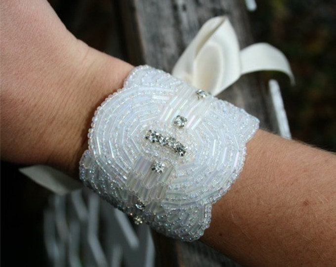 Beaded Rhinestone Bracelet with Irradescent White Beads and Rhinestones