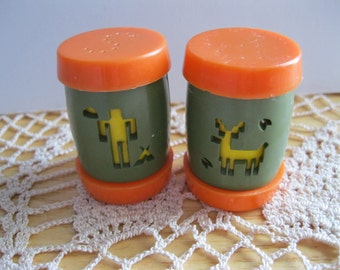St. Labre Indian School Plastic Salt and Pepper Shakers - FL/CT
