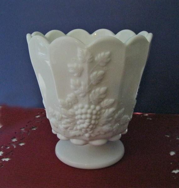 Westmoreland Paneled Grape Milk Glass Footed Flower Pot Jardiniere Vase Vintage
