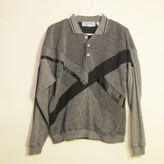 """1980's men's gray """"New Works"""" collared sweater size S"""