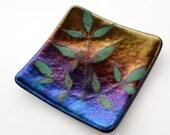 Leaf Design Fused Glass Plate