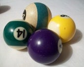 vintage billiard balls - great mancave or instant billard collection