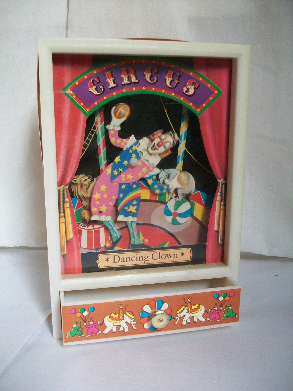 1981 Dancing Clown Music Box