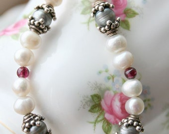 Fresh water pearls with silver bracelet