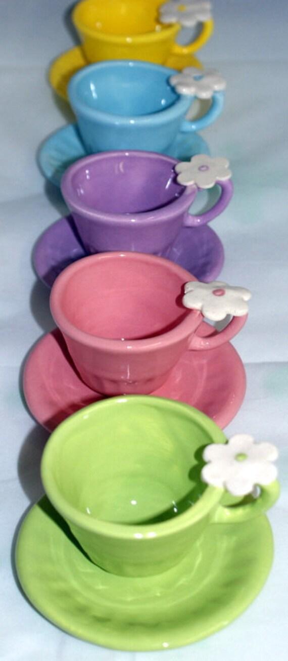 5 Pastel Tea Cups