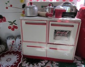 Vintage Red Kitchen Wolverine Toy Tin Child Play Kitchen Stove