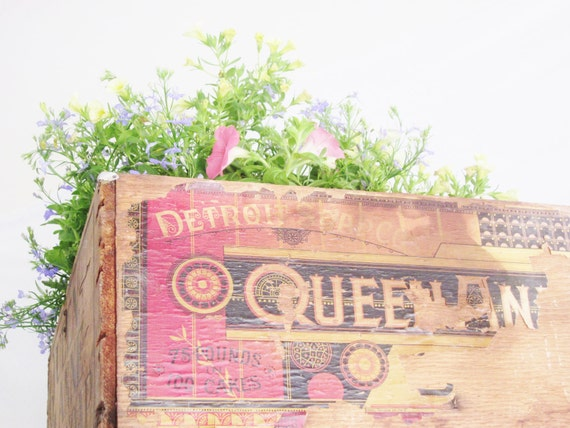 Vintage Antique Wood Box Queen Anne Soap Detroit Storage Farmhouse Shabby Wedding Beach Rustic Decor