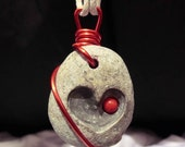 RED BEADED HEART  - hand-carved pebble pendant 3 x 2,5 cm