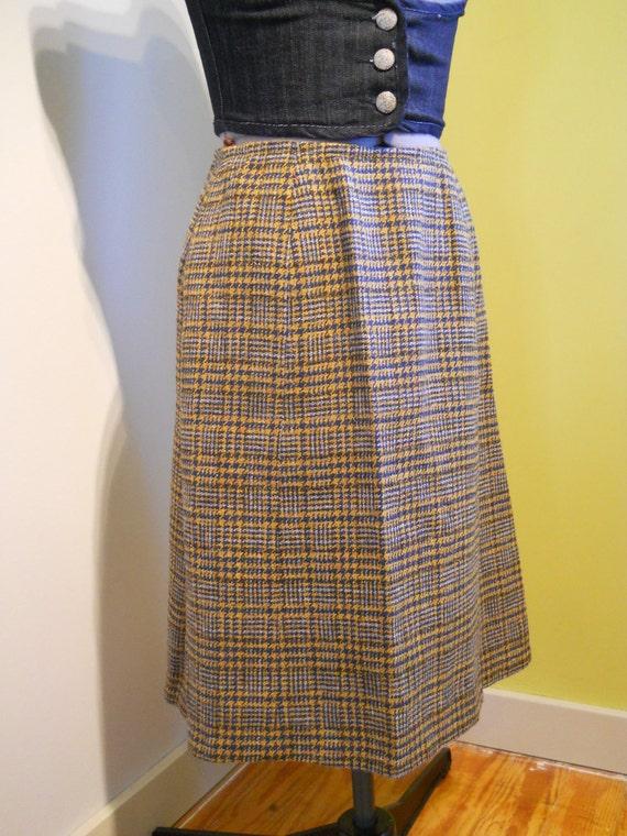 pendleton plaid wool skirt blue and yellow 27inch waist