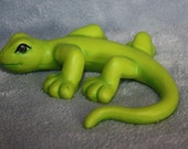 Handpainted Ceramic Little Green Gecko in Lime Green