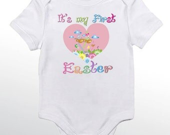 It is my first Easter Big Pink heart - Personalized baby bodysuit