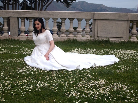 Vintage Wedding Gown,Ivory, M, 60s
