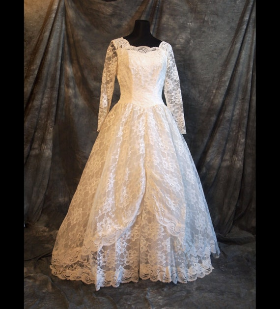 Vintage Wedding Dresses Etsy: VIntage White Wedding Dress Lace M L 50s