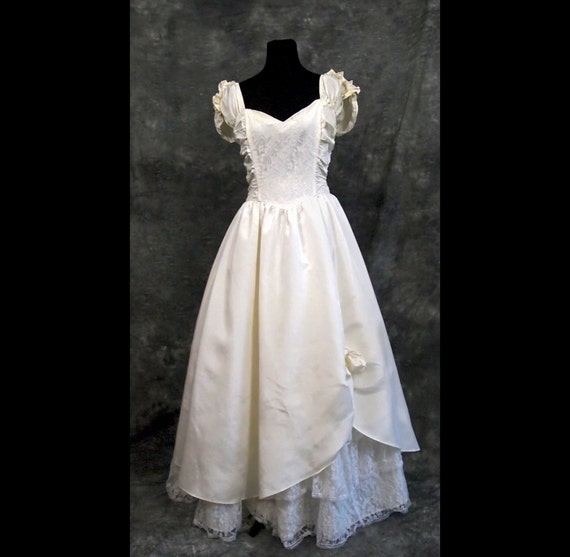 Vintage Wedding Dresses 80s: Items Similar To Vintage Gunne Sax Wedding Dress By