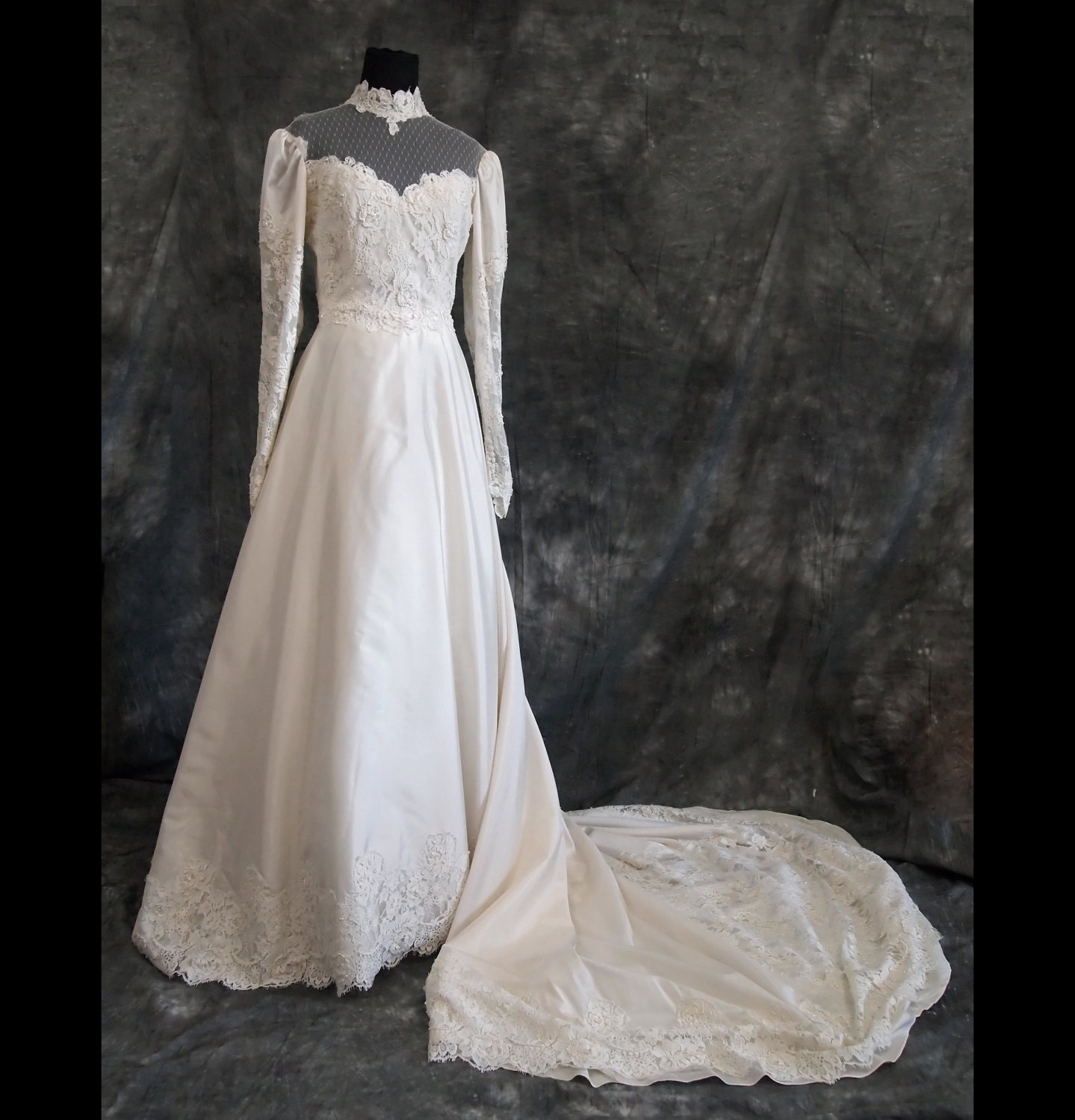 Vintage silk wedding dress victorian style 70s s for 70s inspired wedding dress