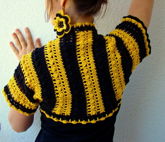 Be like a bee black and yellow summer bolero with flowery bee earrings with silver 925 hooks by olimpa
