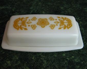 Vintage Pyrex Butterfly Gold Pattern Butter Dish with Lid - Pyrex - Pyrex Butter Dish - Pyrex Butterfly Gold Pattern - Vintage Pyrex