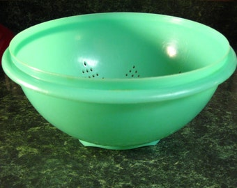 Vintage Tupperware Colander - Vintage Tupperware - Tupperware - Tupperware Colander - Green Colander - Tupperware Green Colander - Colander
