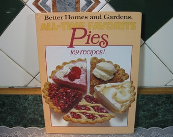 Vintage Cookbook: Better Homes and Gardens All - Time Favorite Pies