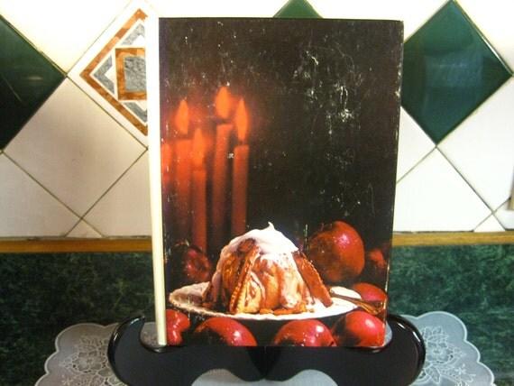 Vintage Cookbook: Southern Living The Holiday Cookbook