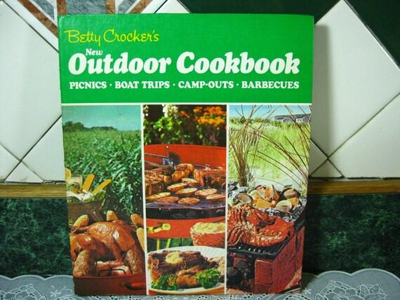 Vintage Cookbook: Betty Crocker's New Outdoor Cookbook