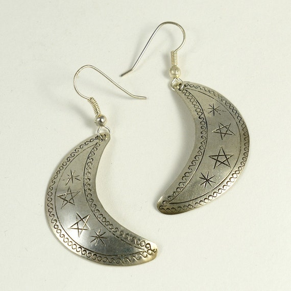 Vintage 70s 80s Boho Large Silver Crescent Moon Ethnic Earrings