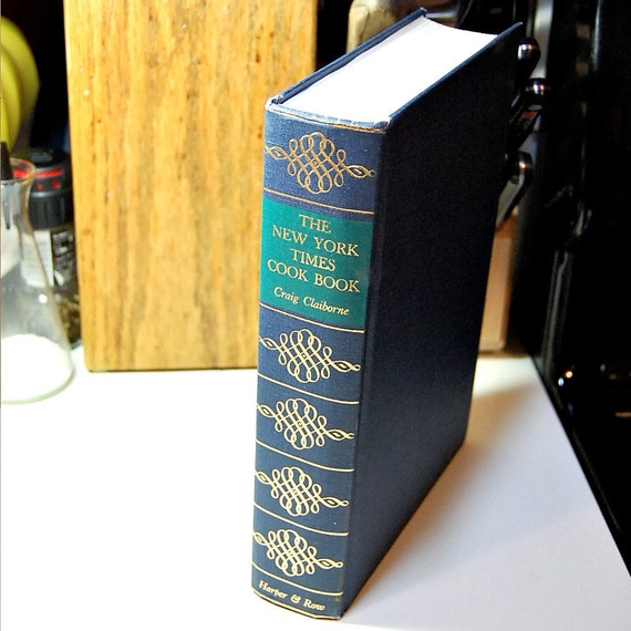 1977 New York Times Cook Book Craig Claibourne