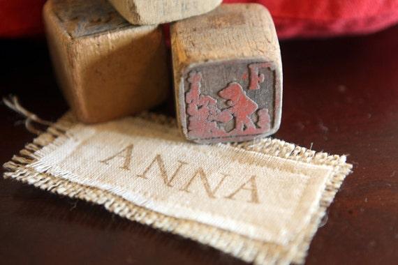 Customized gift tag, stocking tag, burlap on cotton, name tag.