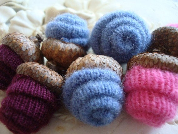 7 CASHMERE ACORNS Pink Blue and Burgundy Bowl Fillers Felt Felted Wool Acorn Fall Everyday Thanksgiving Decoration