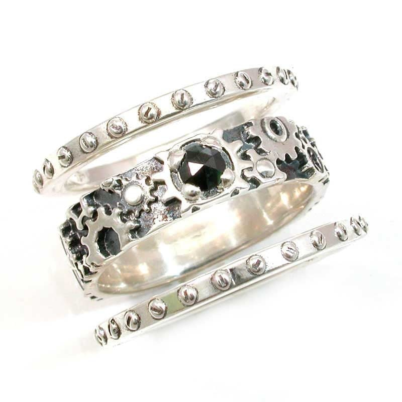 stacking steunk ring with cut black by