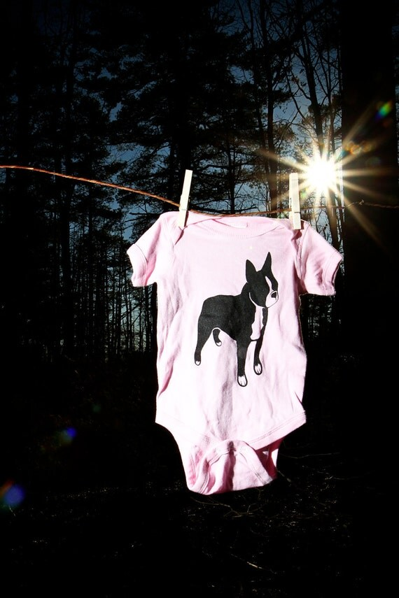 Boston Terrier White Pink Blue Logo Baby Onesie Body Suit NB-6M-12M-18-M-24M FREE Shipping