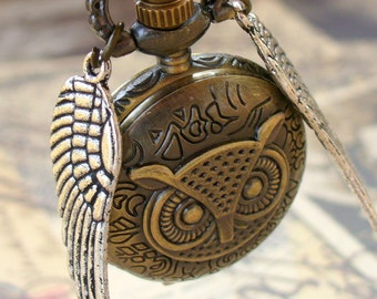 LEGENDARY Steampunk Flying OWL pocket WATCH necklace  pocket watch Necklace key pirate Victorian locket pendant charm