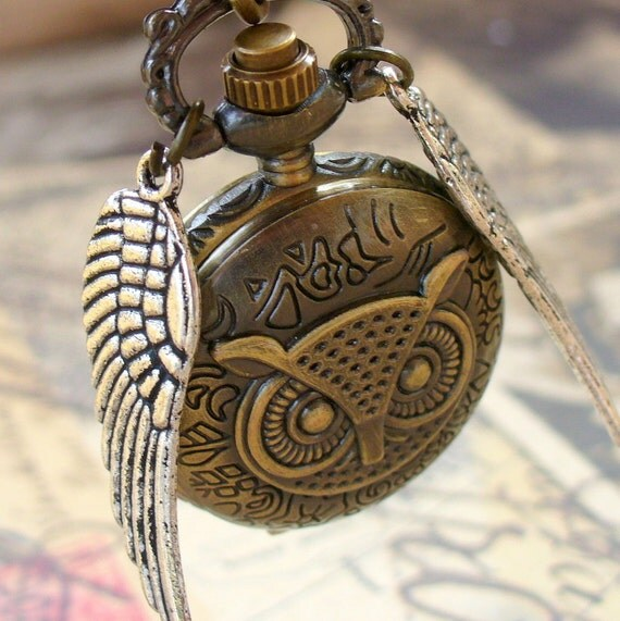 LEGENDARY Steampunk Flying OWL pocket WATCH necklace  pocket watch Necklace key pirate Victorian locket pendant charm