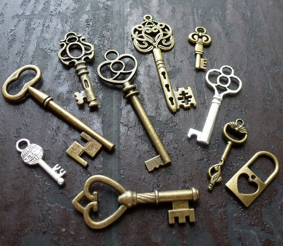 Wholesale Lot 10pcs Steampunk Victorian wholesale antique bronze skeleton key pendant charm necklace Alice in Wonderland 50 jewelry