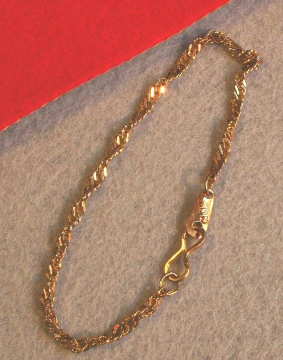 Vintage Avon Twisted Gold Chain Bracelet