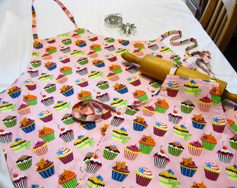 Retro Pink Cupcake Mother Daughter Aprons