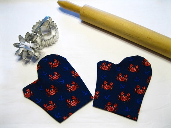Little Crabby Child Toy Oven Mitts for pretend play