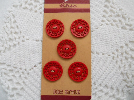 5 Vintage Red Plastic Buttons On Original Store Card - 1940s